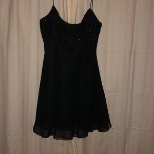 Dresses & Skirts - The Quintessential Little Black Dress